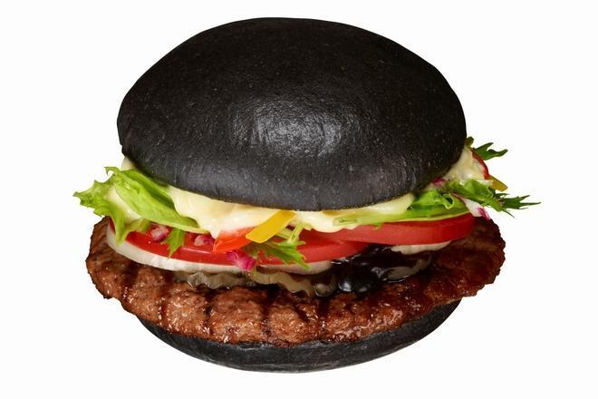 2012年に発売された黒バーガー=バーガーキング提供
