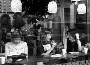 1999年の東京・青山のスターバックスコーヒー