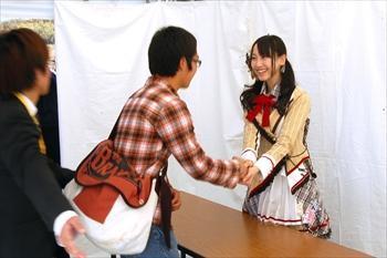 SKE48の握手会=2010年11月21日