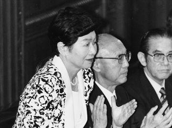 女性としては初めて衆議院議長に就任した土井たか子(本名=多賀子)さん=1993年8月6日