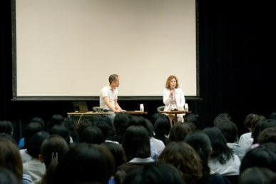 長光歌子コーチを招いて開催された朝日カルチャーセンターの講座「フィギュアスケートの世界」