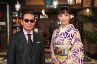 ヨルタモリに出演しているタモリさん(左)と宮沢りえさん (C)フジテレビ