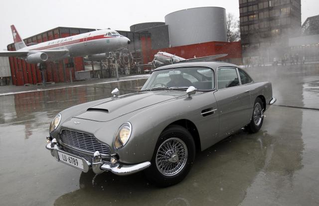 徳大寺さんが愛した名車「アストンマーチン・DB5」。映画「007」に登場したことでも有名