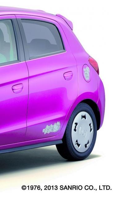 ミラージュの特別仕様車。タイヤホイールにはリボンがあしらわれている