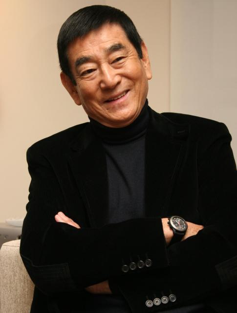 映画「単騎、千里を走る。」について語る高倉健さん=2005年11月、東京・六本木、宮崎陽介撮影