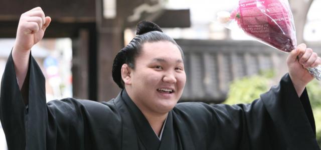 大関に昇進した白鵬=2006年、上田潤撮影