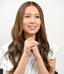 May J.さん