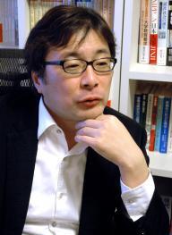 千葉商科大学の教員でもある常見さん。「学生個人の努力では限界があります。大学の就職課の存在は学生にとって重要です」