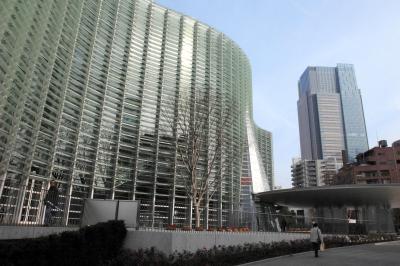 黒川紀章氏が手がけた東京・六本木の国立新美術館