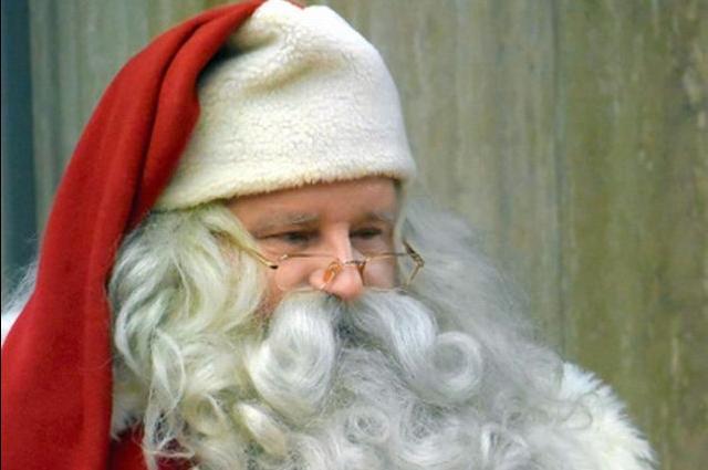 「サンタの人気が異常に低い町がドイツに・・・」