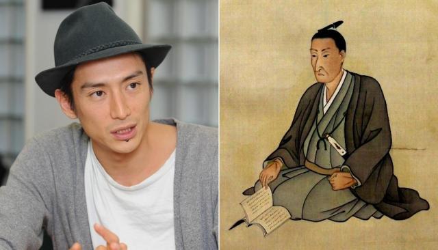 吉田松陰(右)と松陰を演じる伊勢谷友介さん
