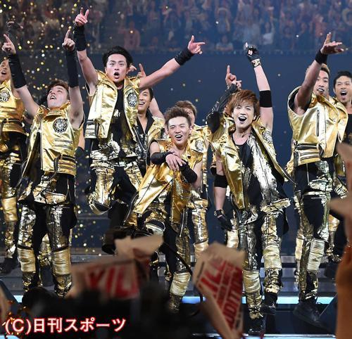 EXILEの新メンバーが発表され、喜びを爆発させる(撮影・たえ見朱実)=日刊スポーツ