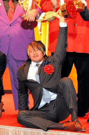 09年のプロレス大賞受賞式で。自他共に認める「100年に1人の逸材」=2009年12月16日