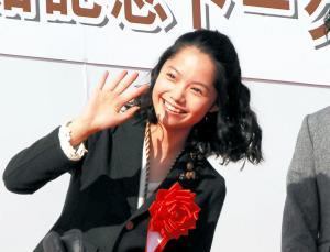 2008年1月、鹿児島市にオープンした篤姫館に登場した宮﨑あおいさん