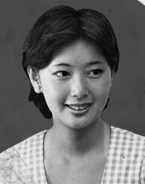 女優の夏目雅子さん=1976年8月