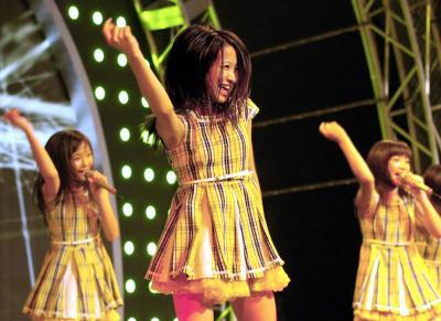 「東京女子流」のステージ=2011年8月