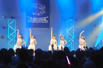 「東京女子流」のステージ=2013年8月24日