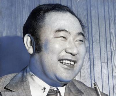 家庭教師の資格認定制度を提案していた、古川のぼるさん=1975年1月10日