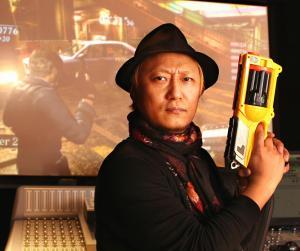 宝塚歌劇団の大ファンで、公演に100回以上足を運んだという山東善樹さん