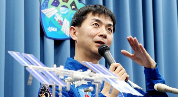 国際宇宙ステーション(ISS)への長期滞在を控え、会見する油井亀美也宇宙飛行士=1月5日午後、東京都千代田区、小宮路勝撮影