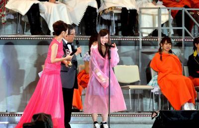 襲撃事件にあった川栄李奈さんは、14年のAKB総選挙で16位。選抜メンバーに選ばれた=2014年6月7日