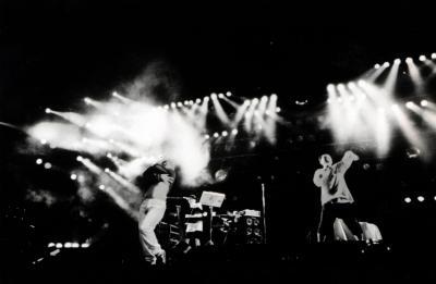 デビュー当時の電気グルーヴのライブ=1992年11月