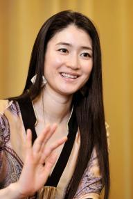 女優・小雪さん=2010年3月