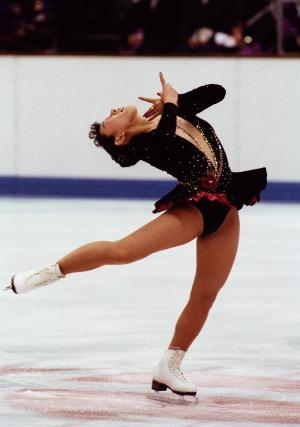 アルベールビル冬季五輪大会のフィギュア女子シングルのオリジナルプログラムで、懸命の演技をする伊藤みどり選手=1992年2月19日