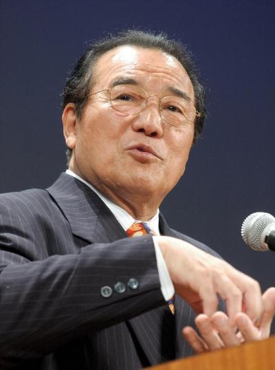 愛川欽也さん=2005年3月