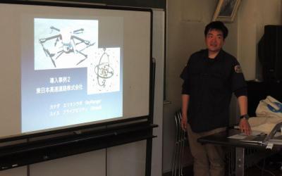 救命現場での活用案を説明する小澤貴裕さん