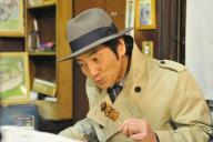 TOKYO MXで放送中の「食の軍師」。名脇役で知られる津田寛治さんが主人公・本郷を演じる異色作