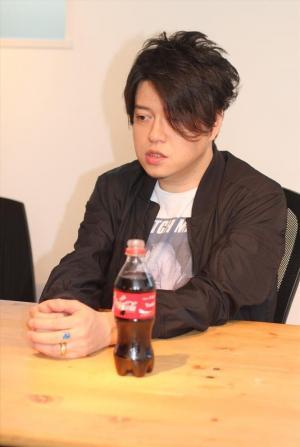 新曲への思いを語る渋谷慶一郎さん