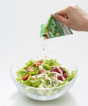 野菜に振りかけて…