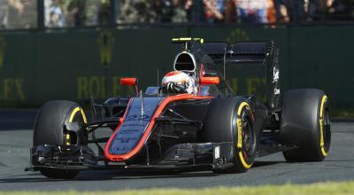 F1・オーストラリアGP決勝を完走した、ジェンソン・バトン操るマクラーレン・ホンダ=2015年3月15日