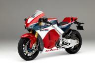 ホンダが7月に台数限定で売り出す新型バイク「RC213V―S」=同社提供