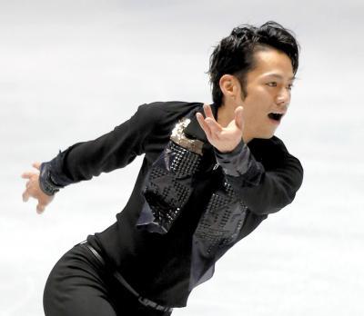 2012年世界国別対抗戦の男子フリーで演技する高橋大輔