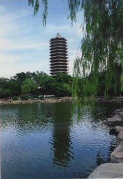 北京大学にある水塔