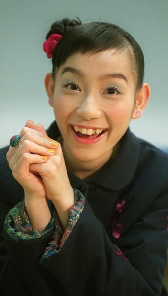 篠原ともえさん=2001年1月