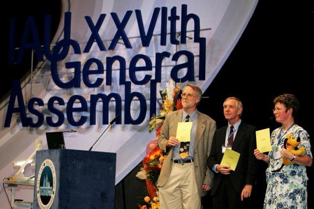冥王星を惑星から外すことを決めた国際天文学連合(IAU)の総会=チェコ・プラハ、ロイター