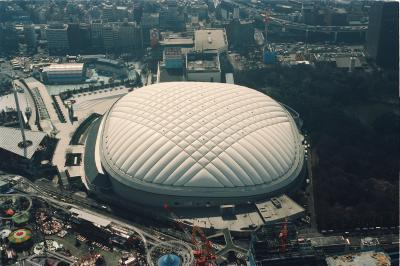 開業当時の東京ドーム=1993年2月2日