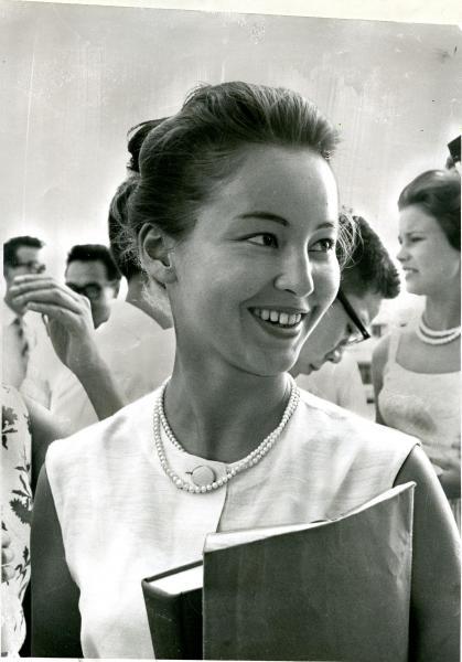 【1964年8月】東京五輪のコンパニオンのムーザ・毛馬内さん