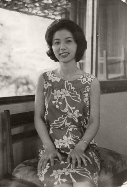【1964年11月】長島茂雄選手の婚約者(当時)・西村亜希子さん