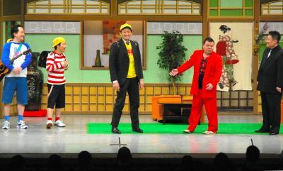 吉本新喜劇の舞台=2013年3月
