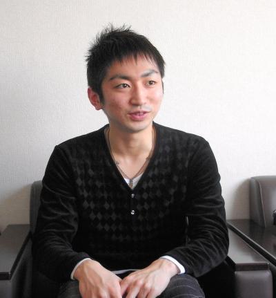 羽田圭介さん=2012年1月