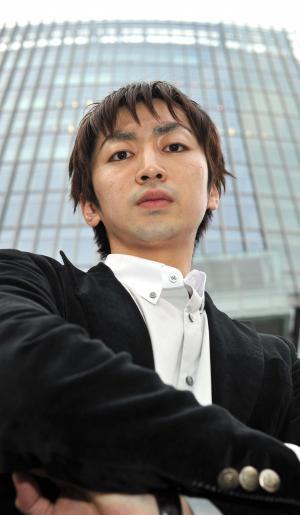 羽田圭介さん=2011年2月