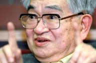 「行動する知識人」として知られた鶴見俊輔さん=2006年1月、京都市内