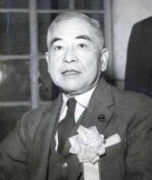 鶴見俊輔さんの父、自由党参議院議員だった鶴見祐輔さん。祐輔さんは1973年11月1日に88歳で亡くなった