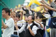 今年の茨城県立日立一高の応援の様子。惜しくも甲子園は逃したが、場内アナウンスが聞き取れないほどの声援は2015年の「応援大賞」に選ばれた
