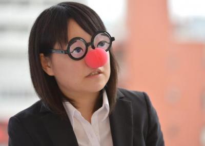 暇な女子大生さん=瀬戸口翼撮影