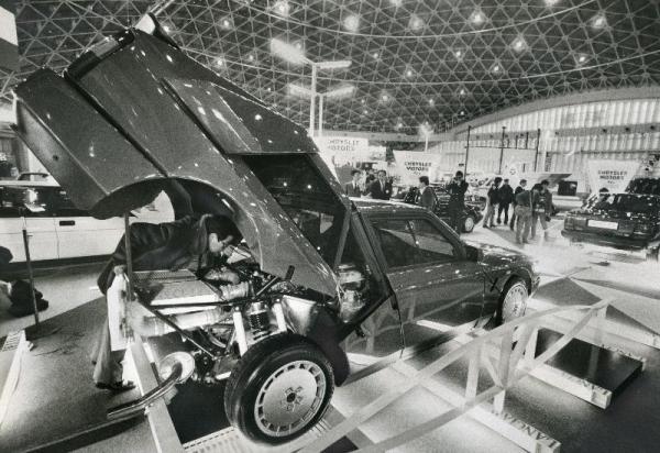 【1987年1月9日】華やかにオープンした外車ショー=東京都中央区晴海の東京国際見本市会場